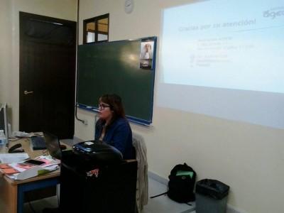 ponencia comunicacion y economia social